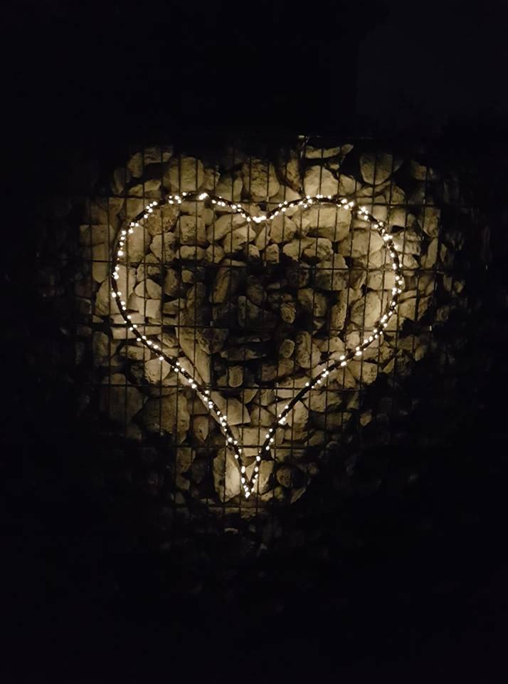 Coeur Scintillant à la Tombée de la Nuit